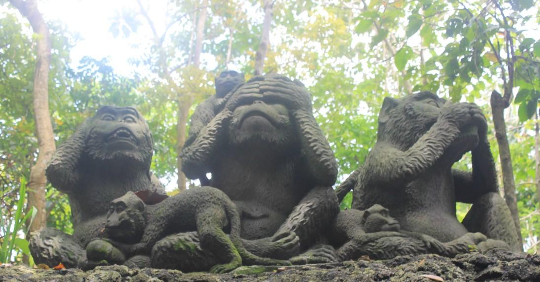 Monkey don't see, monkey don't listen, monkey don't speak